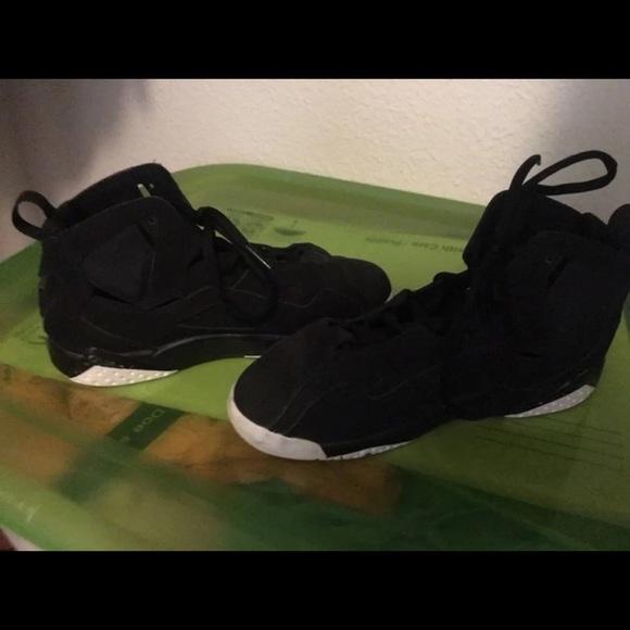 buy online f2b2d b0d5a Sz 3 Boys Nike Jordan's